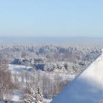 2010.gada marts. Skats Kandavā no Bruņinieku pilskalna. Foto: Līga Laure